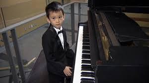 Ryan Wang piano pic